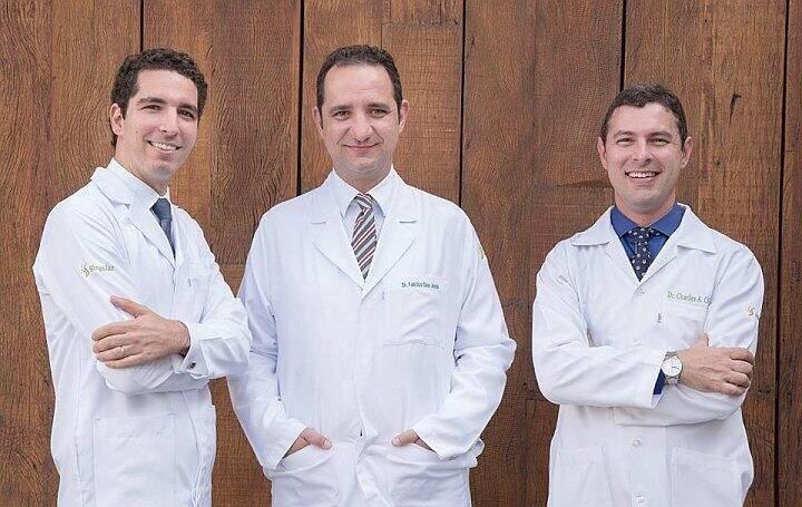 dr charles oliveira,dr fabrício assis,dr andré mansano